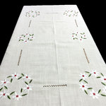 WHITE FLOWERS TABLECLOTH