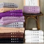 EMBROIDERED SQUARE TOWELS SET